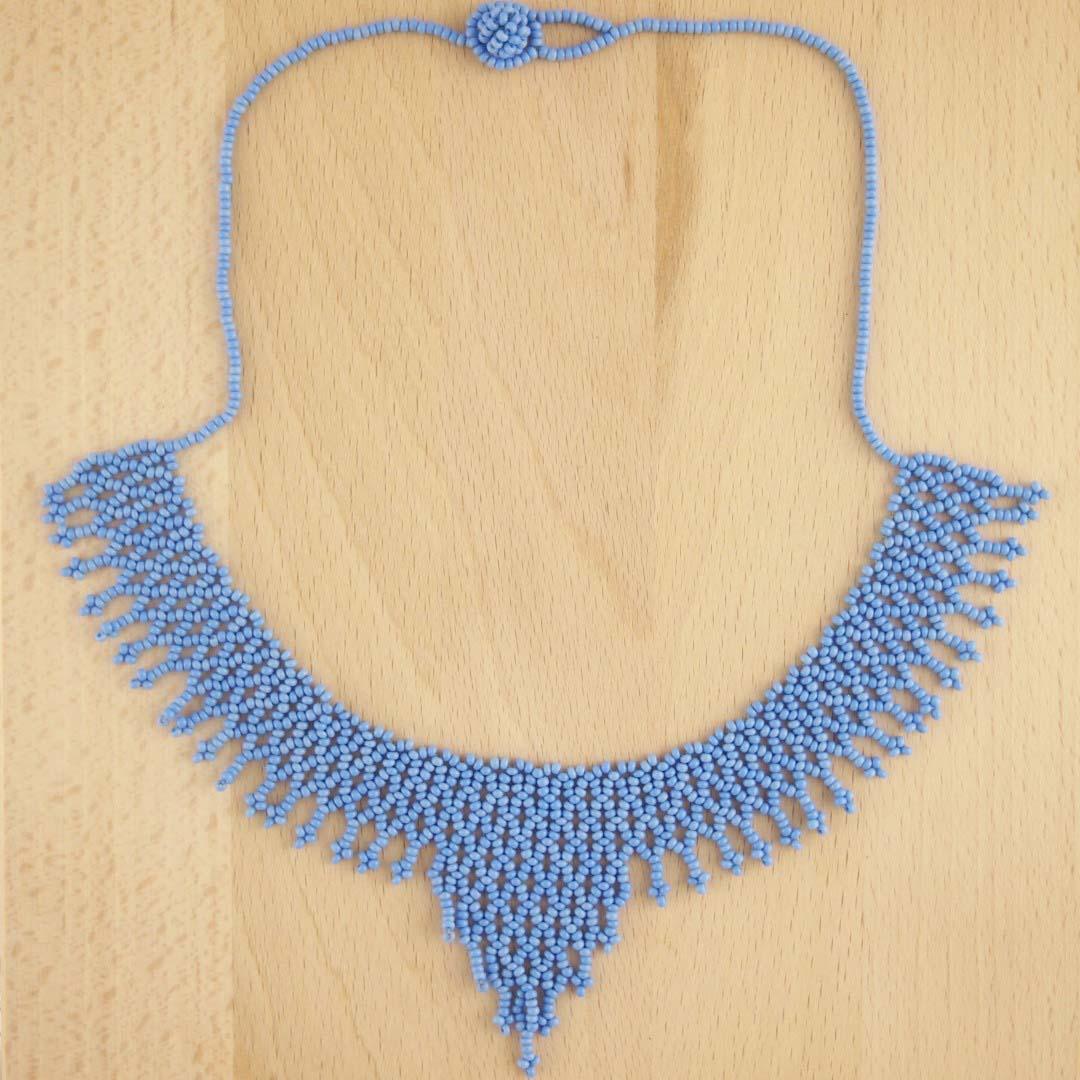 collier perles okamita fait main lilas mate chic authentique et thique. Black Bedroom Furniture Sets. Home Design Ideas