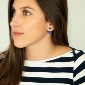 Boucles d′oreilles en ivoire végétal Duo-Los faites main | Bleues