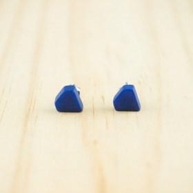 Boucles d′oreilles puces en ivoire végétal Colidia faites main | Bleues
