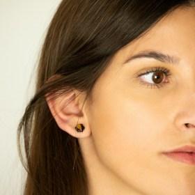 Boucles d′oreilles puces en Calebasse séchée faites main Cari-Hex | Pic : Noir - Moutarde