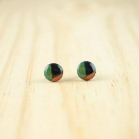 Boucles d′oreilles puces 8mm en Calebasse séchée faites main rondes | Inter : Bleu - Vert - Saumon