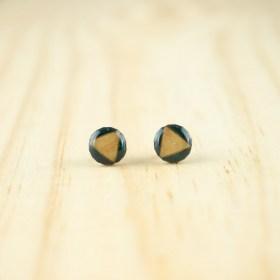 Boucles d′oreilles puces 8mm en Calebasse séchée faites main rondes | Triangle : Bleu pétrole - Beige