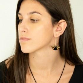 Boucles d′oreilles en Calebasse séchée Cari-Demi-Pav faites main | Noir - Moutarde - Beige