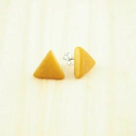 Boucles d′oreilles triangles ARPIA moutarde faits main éthique