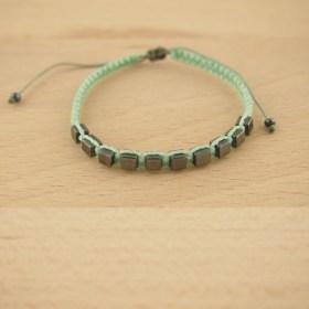 Bracelet macramé et hématites loica vert latino fait main