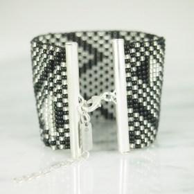Bracelet perlesBraka Silver Abstract fait main | Noir - Argent - Plaqué argent 925