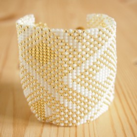 Bracelet perles Okama blanc Abstract fait main