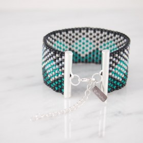 Bracelet perles OKAMITA SILVER noir-émeraude-argent  fait main