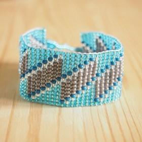 Bracelet perles Okamita bleu-argenté fait main éthique