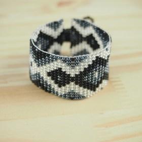 Bracelet perles OKAMITA NOIR  latino fait main
