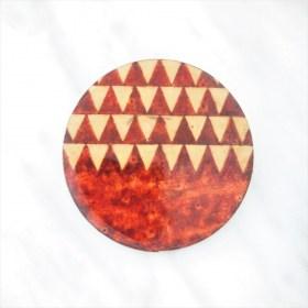 Broche en Calebasse séchée fait main | Rond 4cm Rouge- Beige
