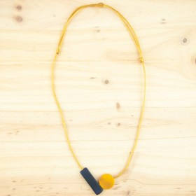 Collier ajustable en ivoire végétal Balance fait main | Bleu Marine - Moutarde