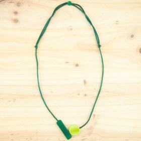 Collier ajustable en ivoire végétal Balance fait main | Vert - Vert clair