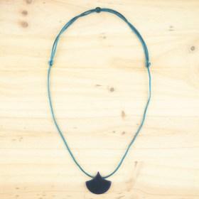 Collier réglable en ivoire végétal Foglia fait main | Bleu
