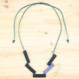 Collier réglable en ivoire végétal Mutat fait main | Bleu marine - Bleu clair