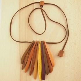 collier bois cimerillo fait main chic authentique et thique. Black Bedroom Furniture Sets. Home Design Ideas