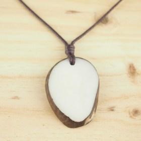 Collier en ivoire végétal Brut Plein fait main | Nature  (Blanc - Marron)