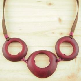 Collier en ivoire végétal Zenaida fait main | Rouge