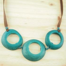 Collier en ivoire végétal Zenaida fait main | Turquoise