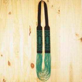 Collier perles Arpia noir-émeraude fait main éthique