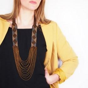 Collier perles Arpia noir-miel-doré fait main éthique