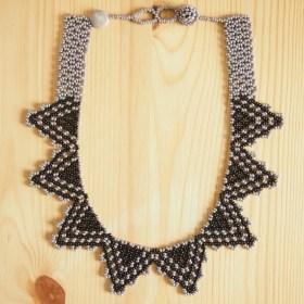 Collier perles Estrellita gris-noir fait main