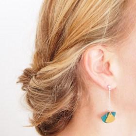Boucles d′oreilles en ivoire végétal faites mainRubi Pen | Turquoise - Moutardes - Argent 925