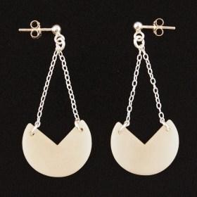 Boucles d'oreilles en ivoire végétal et argent 925 - Rubi Pac blanches faites main