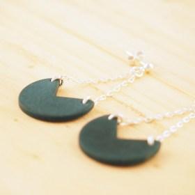 Boucles d'oreilles en ivoire végétal et argent 925 - Rubi Pac bleues faites main
